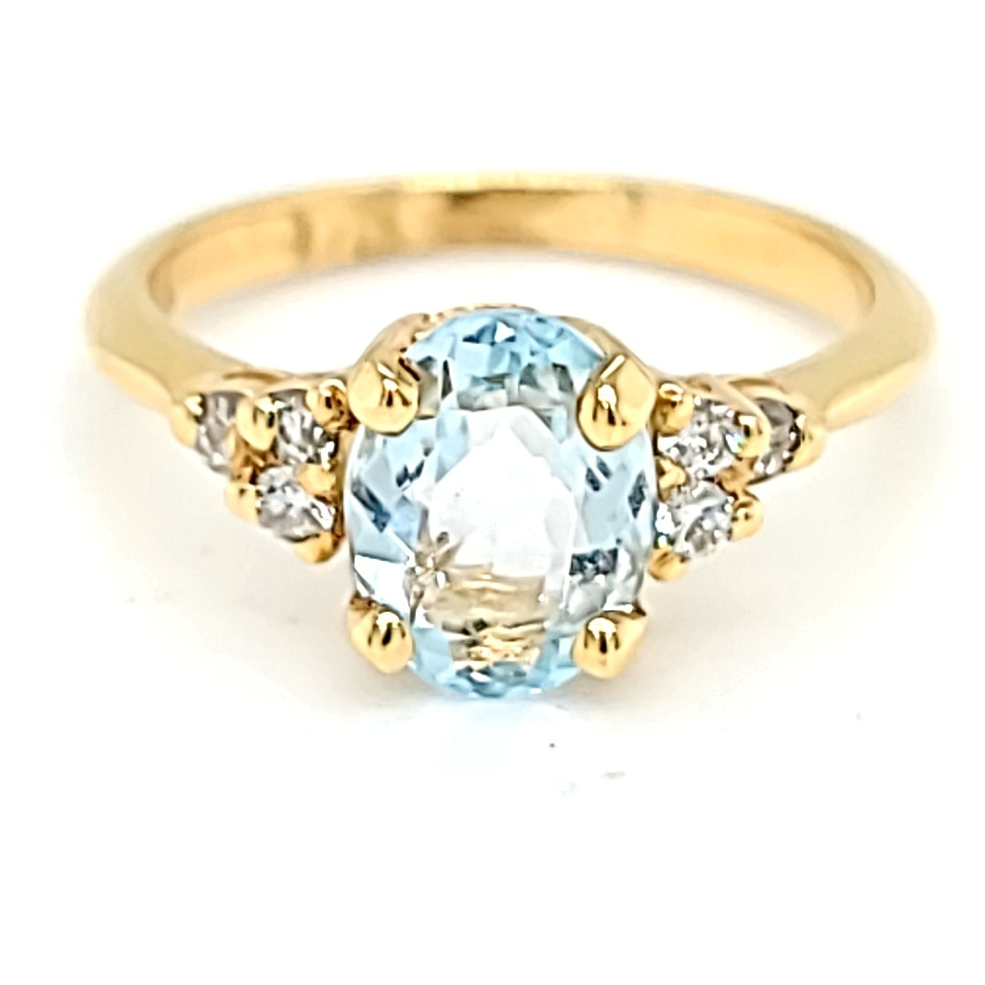 14KY Aquamarine and Diamond Ring