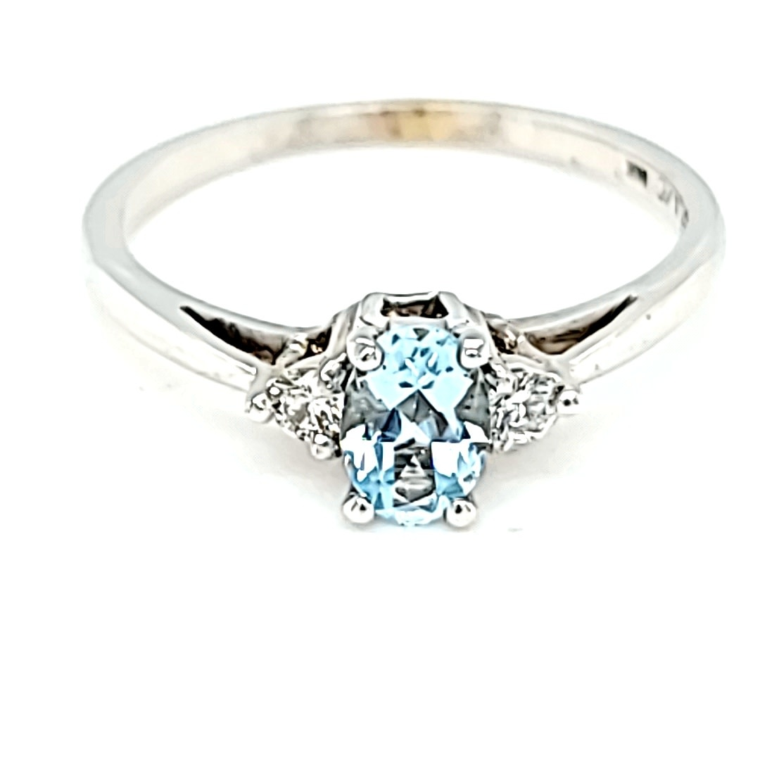 14KW Aquamarine and Diamond Ring