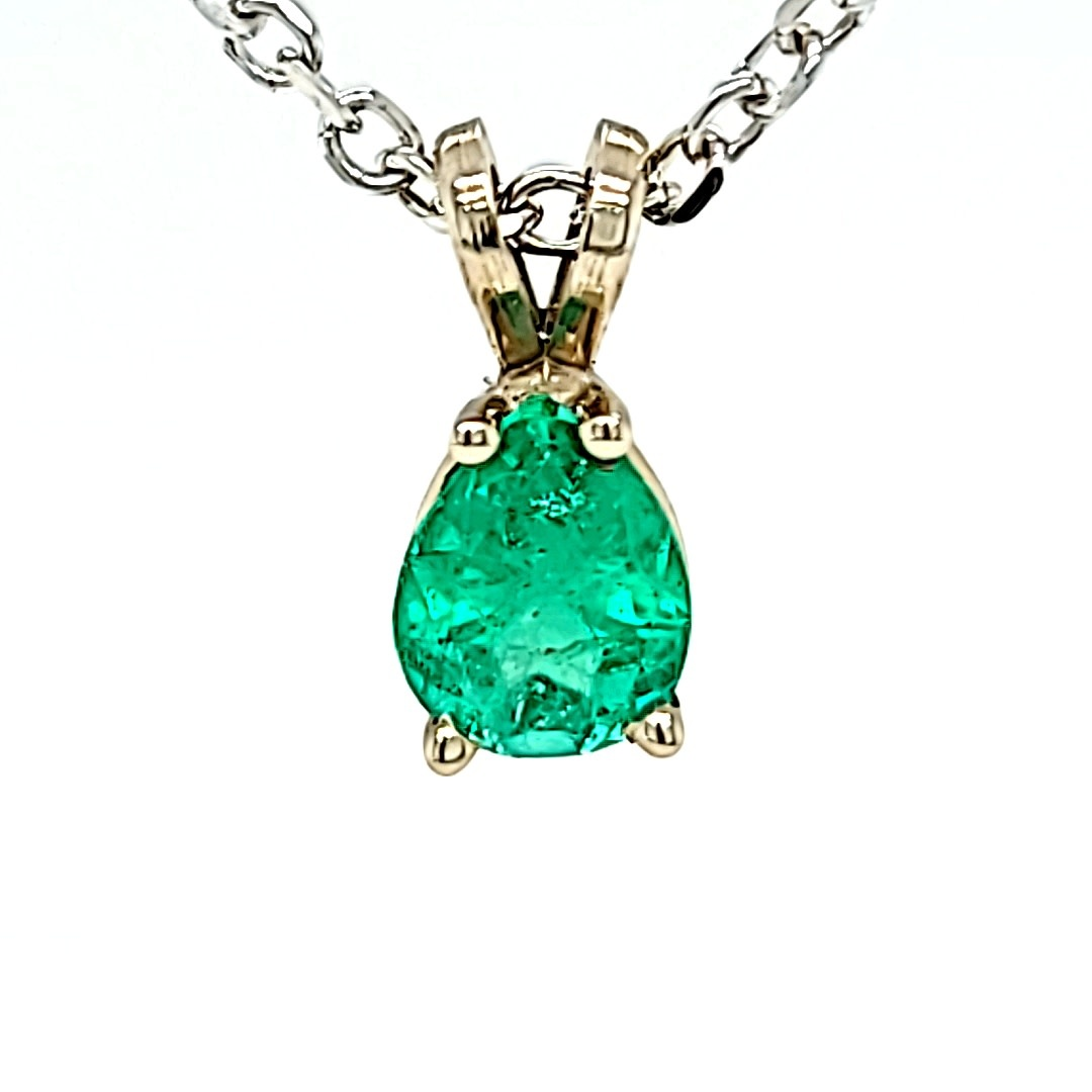 .925 1.22CT Pear Emerald Pendant