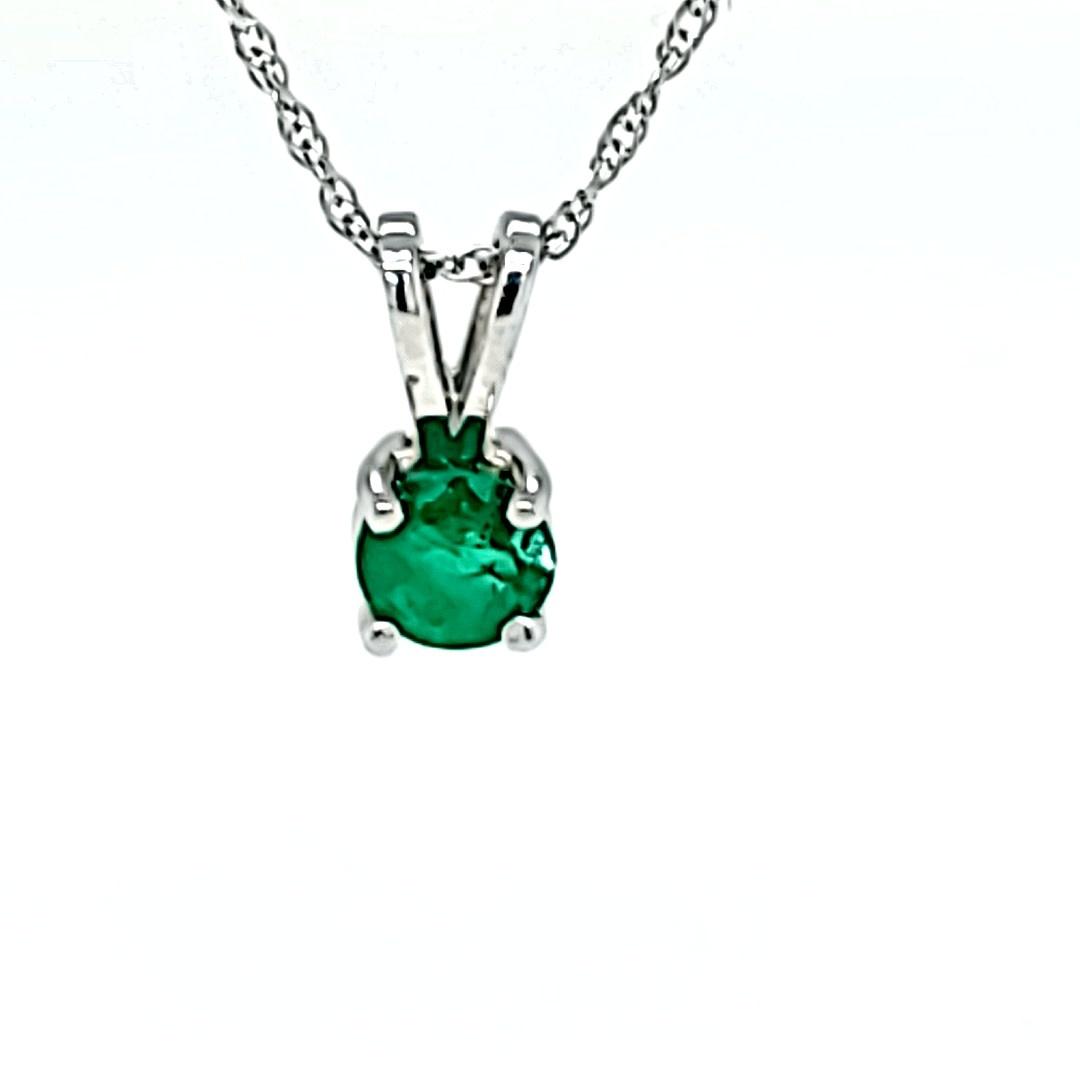 14KW 0.22CT Round Emerald Pendant
