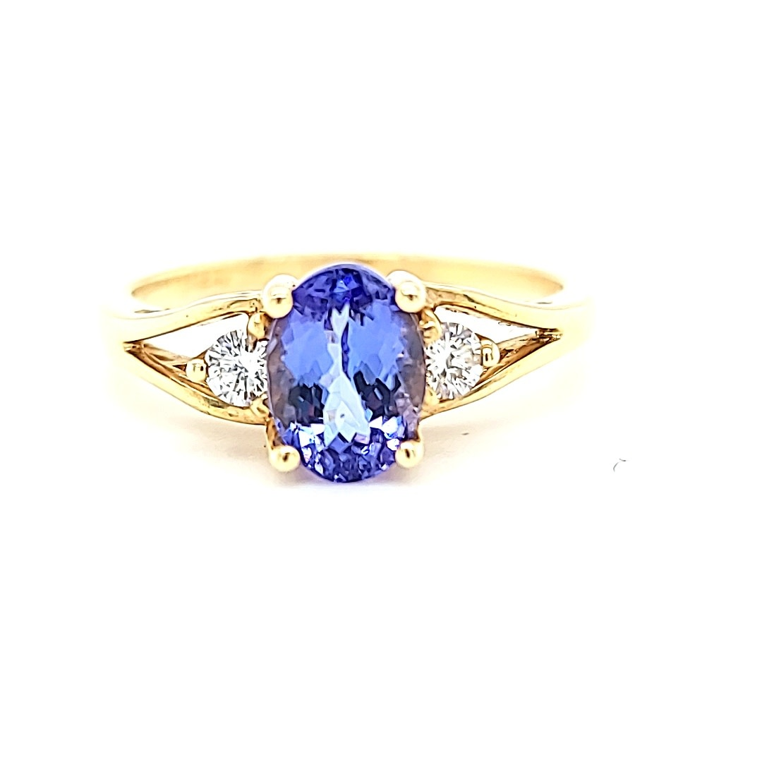 14KY 1.23CT Oval Tanzanite and Diamond Accents Ring