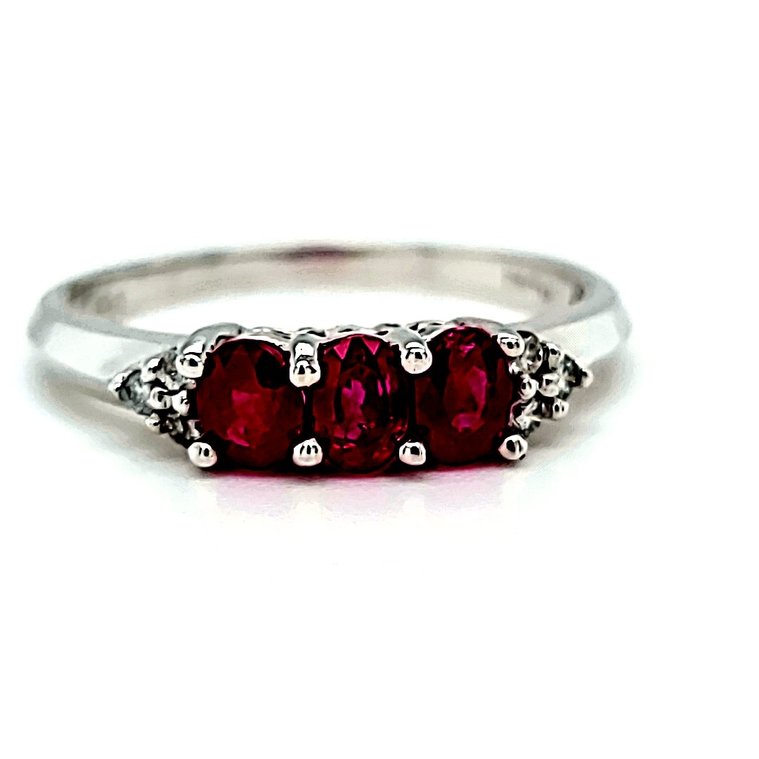 14KW .68TW Ruby and .06TW Diamond Ring