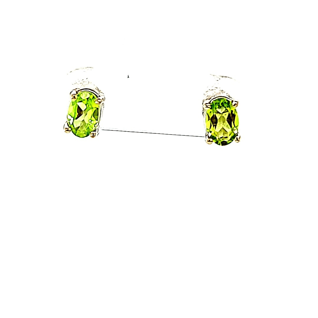 14KW Oval Peridot Stud Earrings