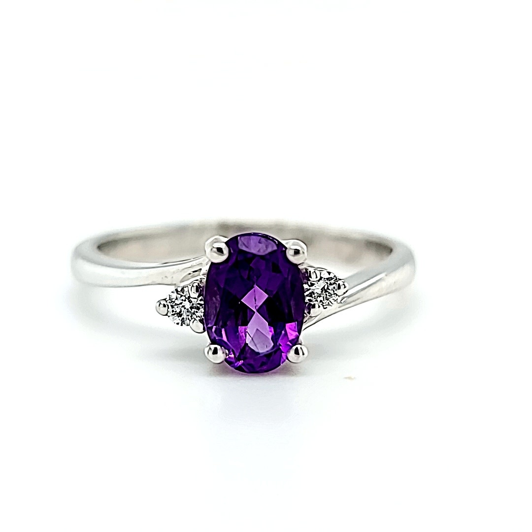 14KW Amethyst Fashion Ring With Diamond Accents