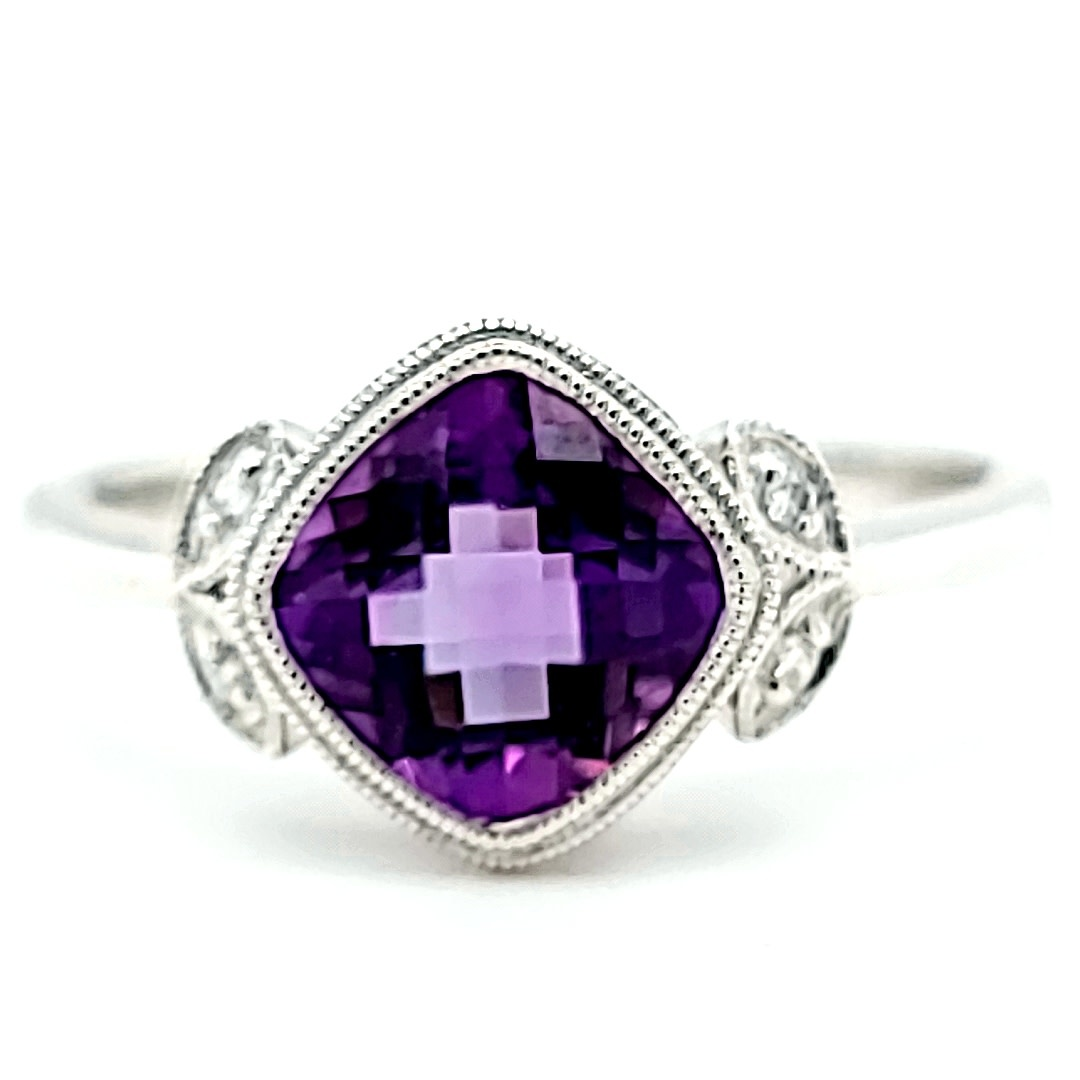 14KW Amethyst and Diamond Fashion Ring