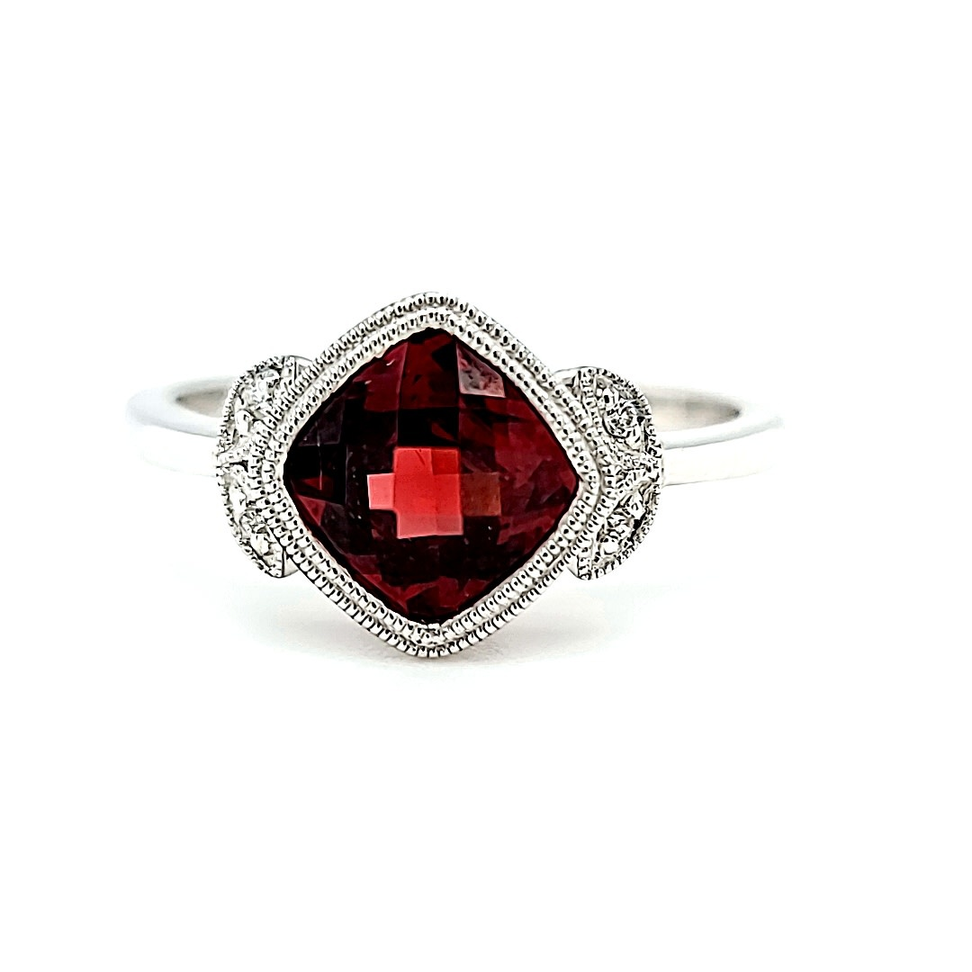 14KW Garnet and Milgraine Halo Ring