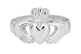 14KW Mens Claddagh Ring Size 11