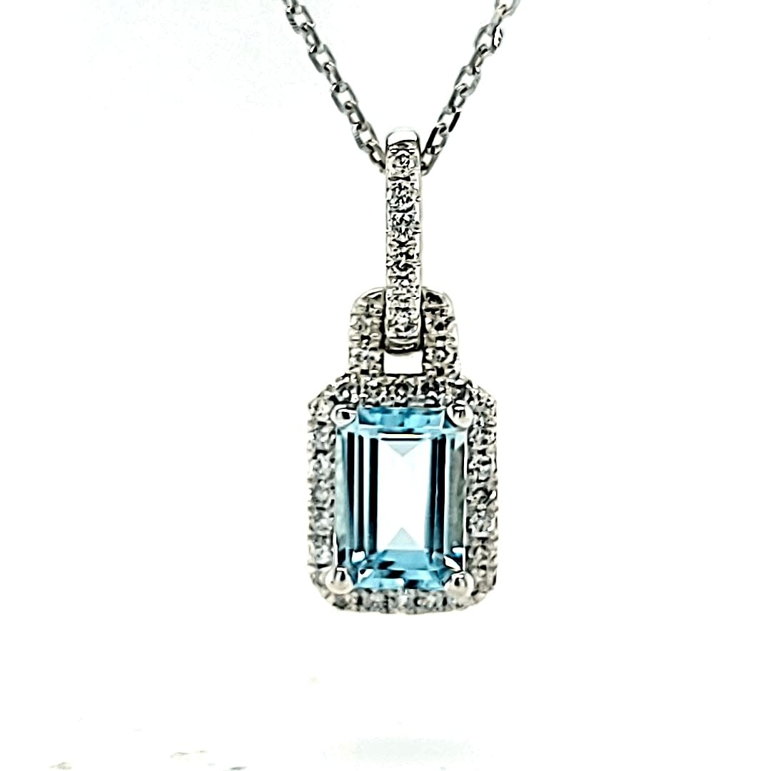 Cirari 14KW .90CT Aquamarine Halo Diamond Pendant .25TW