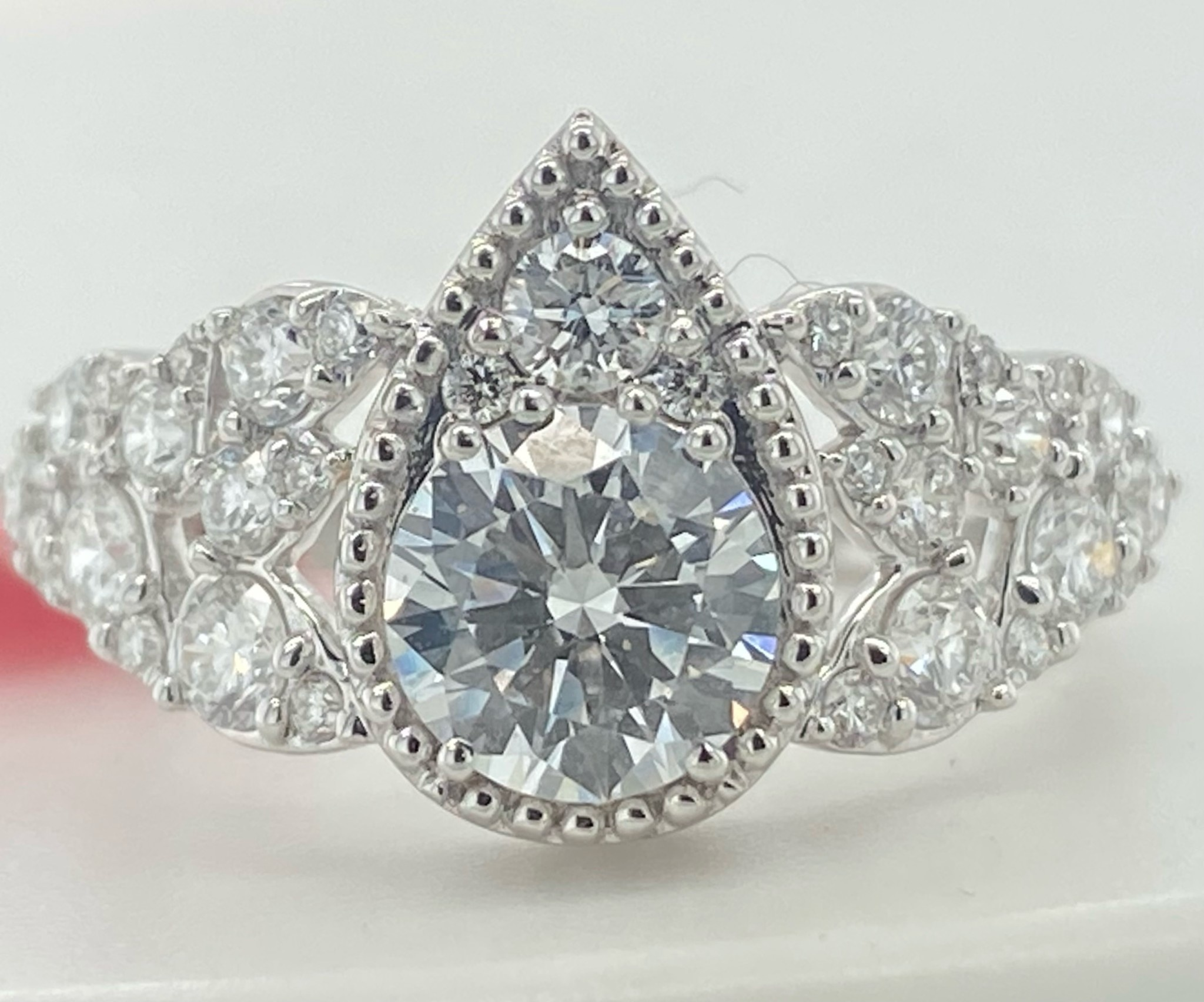 14KW 1.85TW LG Diamond Engagement Ring