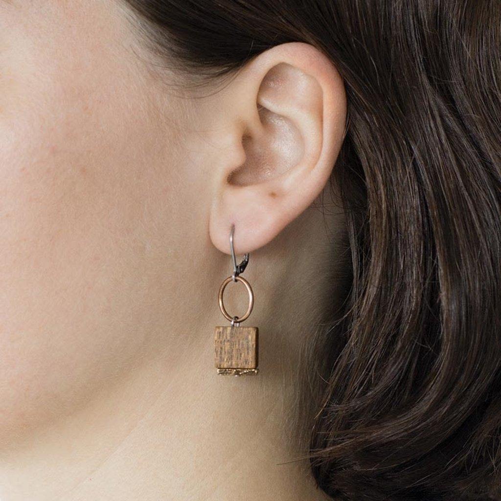Anne-Marie Chagnon Aissa boucles d'oreilles en bois Anne-Marie Chagnon