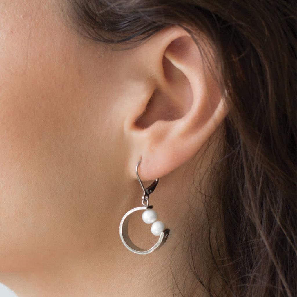 Anne-Marie Chagnon Boucles d'oreilles Anne-Marie Chagnon Barry perle