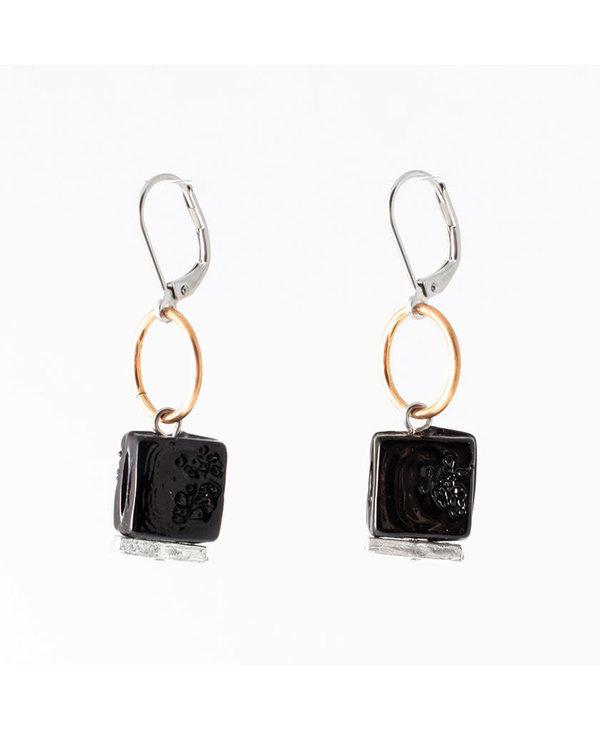 Boucles d'oreilles Anne-Marie Chagnon Aissa Corbeau noir