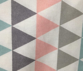 Nappe Chêne Sasseville Triangle Gris turquoise et rose 52x70