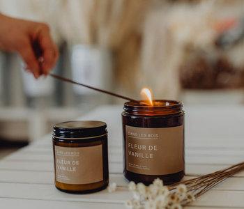 Chandelle Dans les bois   Fleur de vanille  8 0z