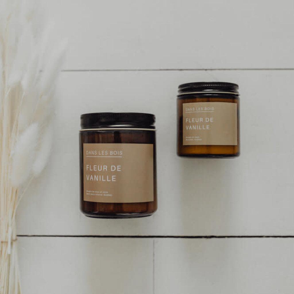 Dans les bois Chandelle Dans les bois   Fleur de vanille  8 0z