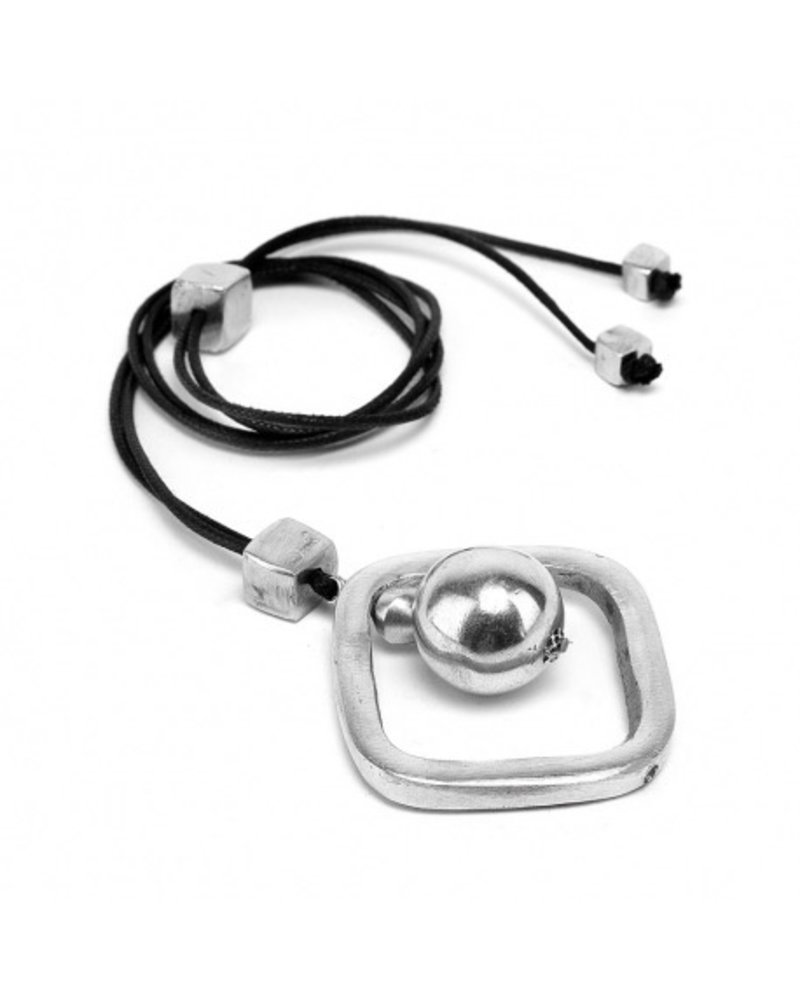 SQUARE SHAPE AND SPHERE, Material: 100% recycled aluminium. Nickel tested jewelry.