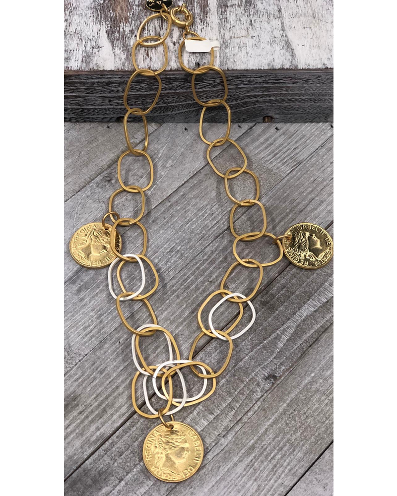 "3 medals long necklace 26"" by 4 soles"