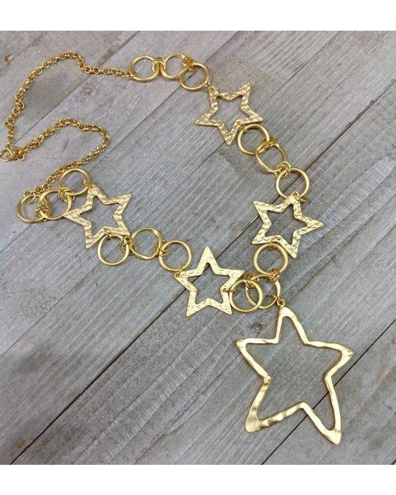 collar largo de estrellas en dorado