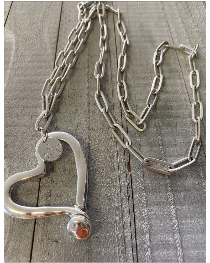4 Soles Heart Long Necklace