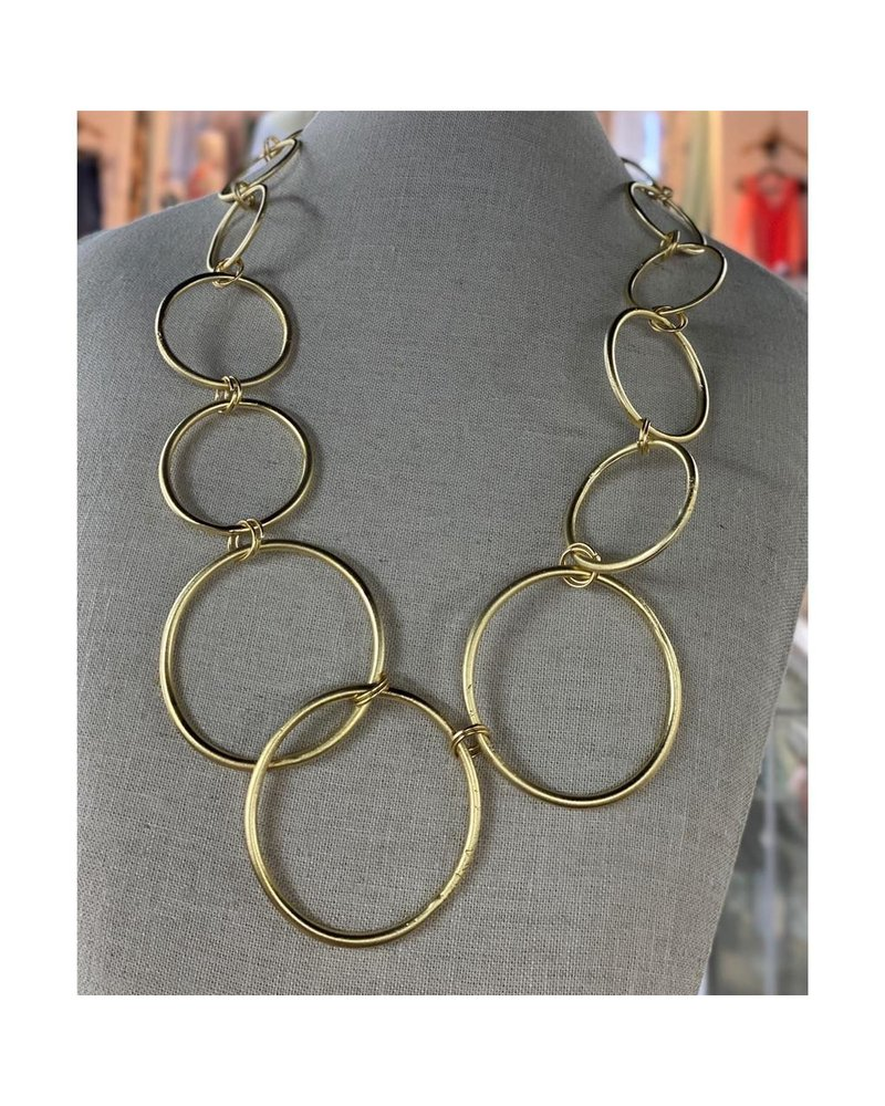 Circle Short Necklace