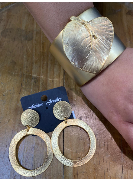 Set Leave Cuff and earrings