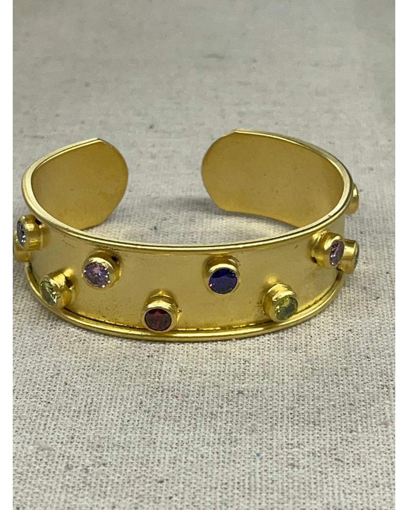Crystals cuff gold plated