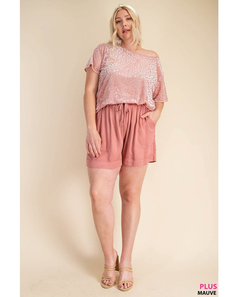 DRAWSTRING WAIST RELAXED FIT SHORTS