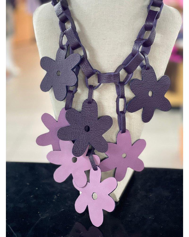 Collar en Piel Flor Violeta