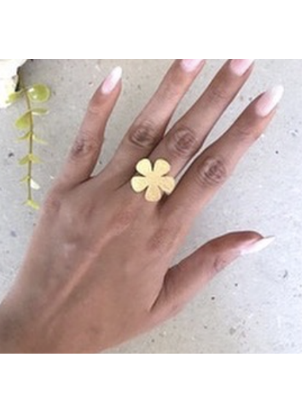 Flower Ring by 4 Soles