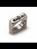 Anillo Cubico Silver color