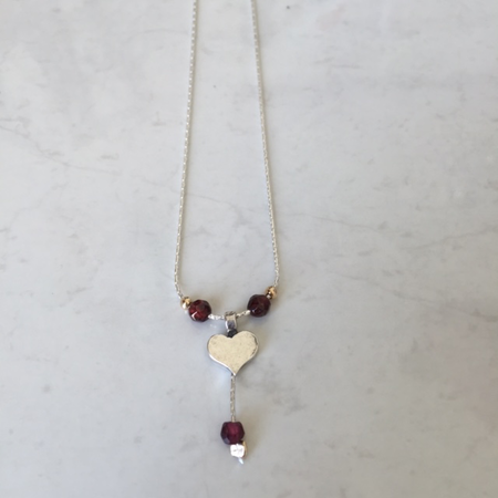 SS Heart Gold Fill Bead Garnet