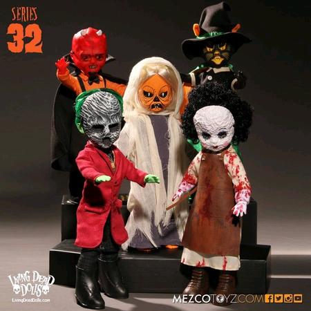 """Living Dead Dolls - s32 10"""" ASST"""