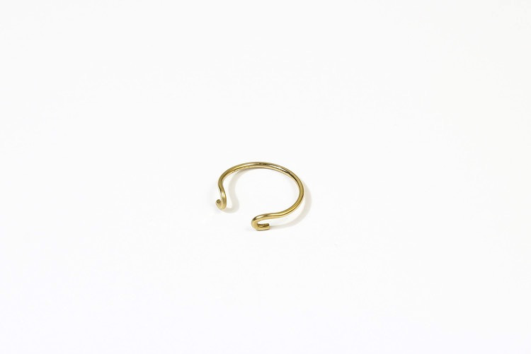 Hammered J Ring Gold size 6