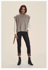 Cream Cream - CROmint Knit Slipover