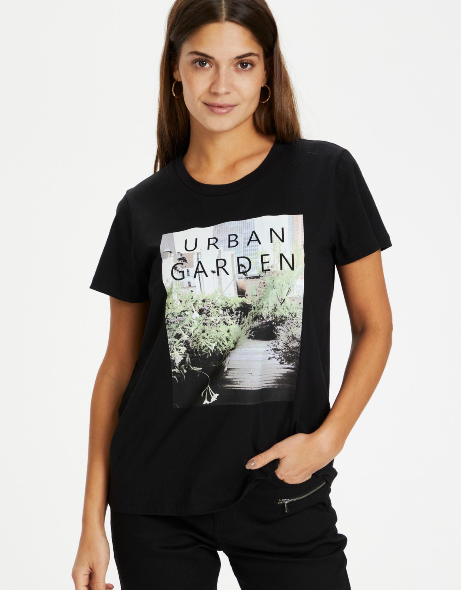 Kaffé Kaffé - KAgarden T-shirt