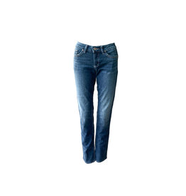 SILVER JEANS.CO SILVER JEANS  CO  Suki Straight   Size 26/32