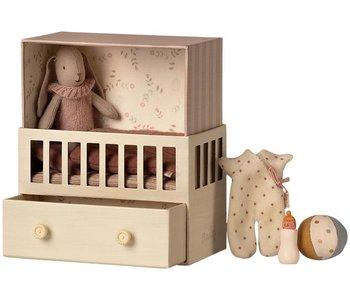 Chambre de bébé lapin rose