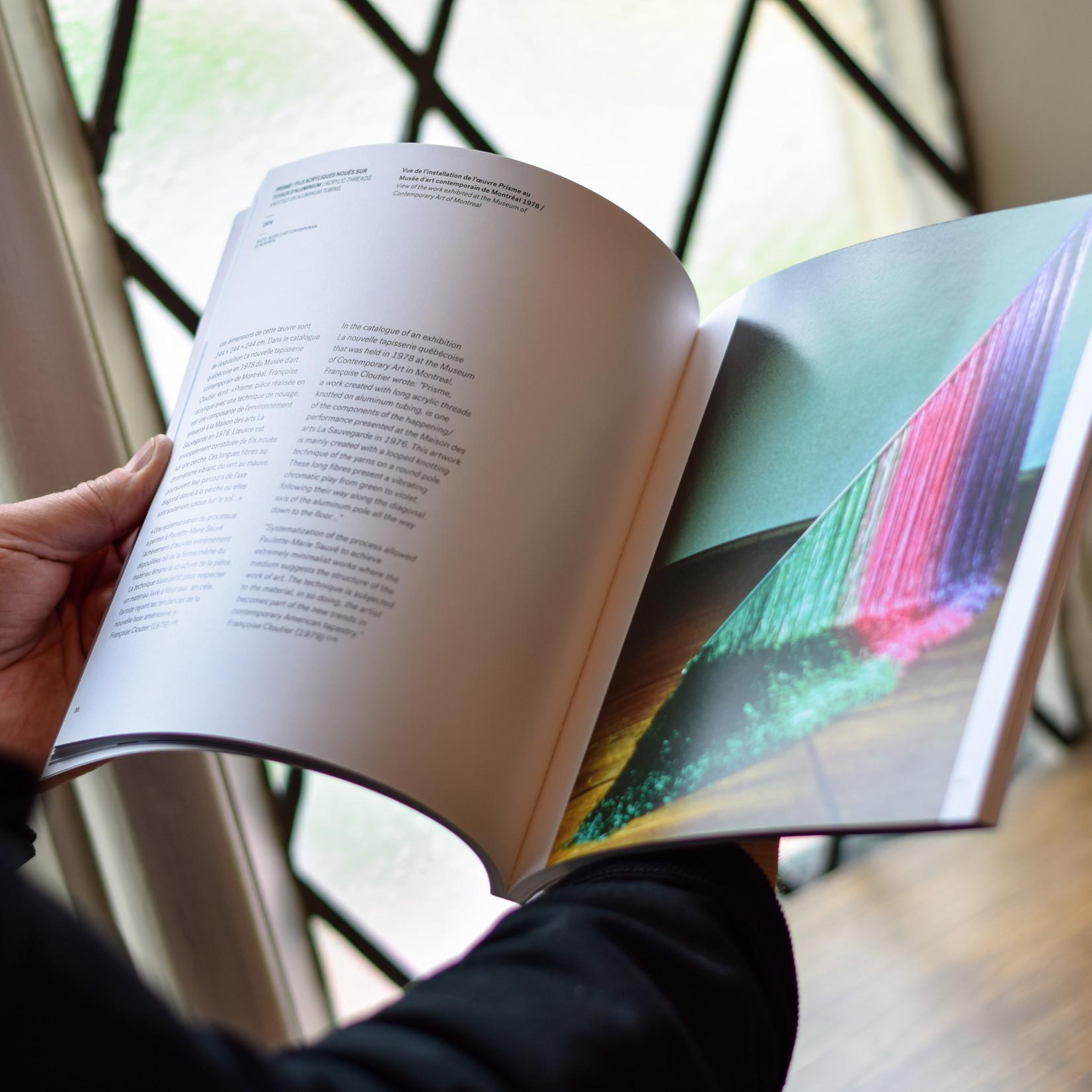 Vibration sur fibres 21: Retrospective of the works of Paulette-Marie Sauvé