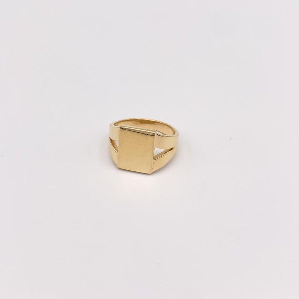 JBA. Gold Phillipe Signet Ring