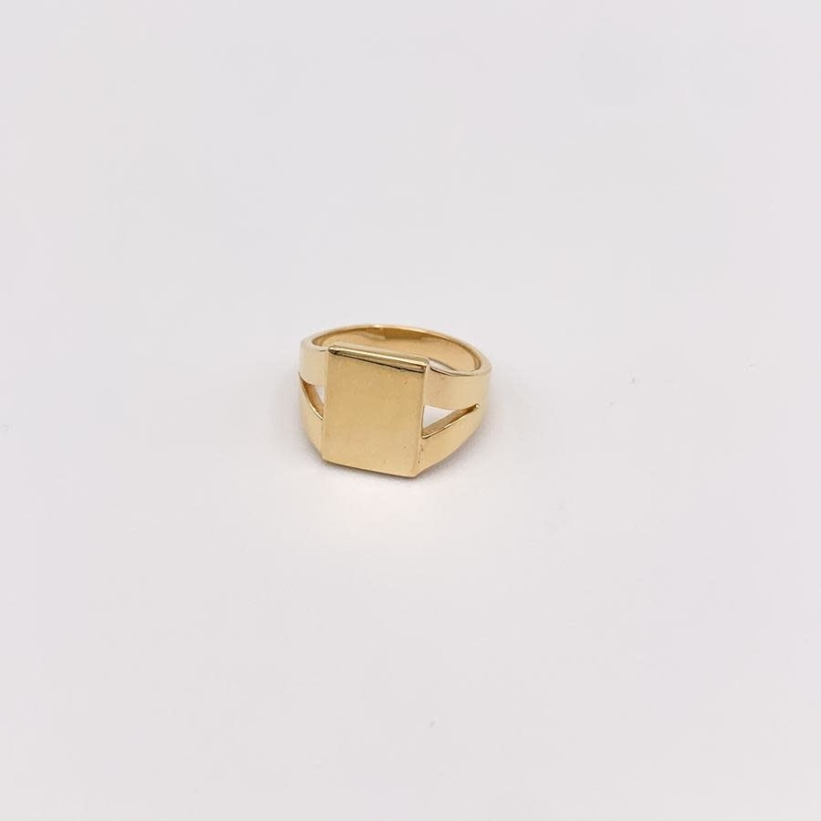 JBA. Gold Phillipe Signet Ring