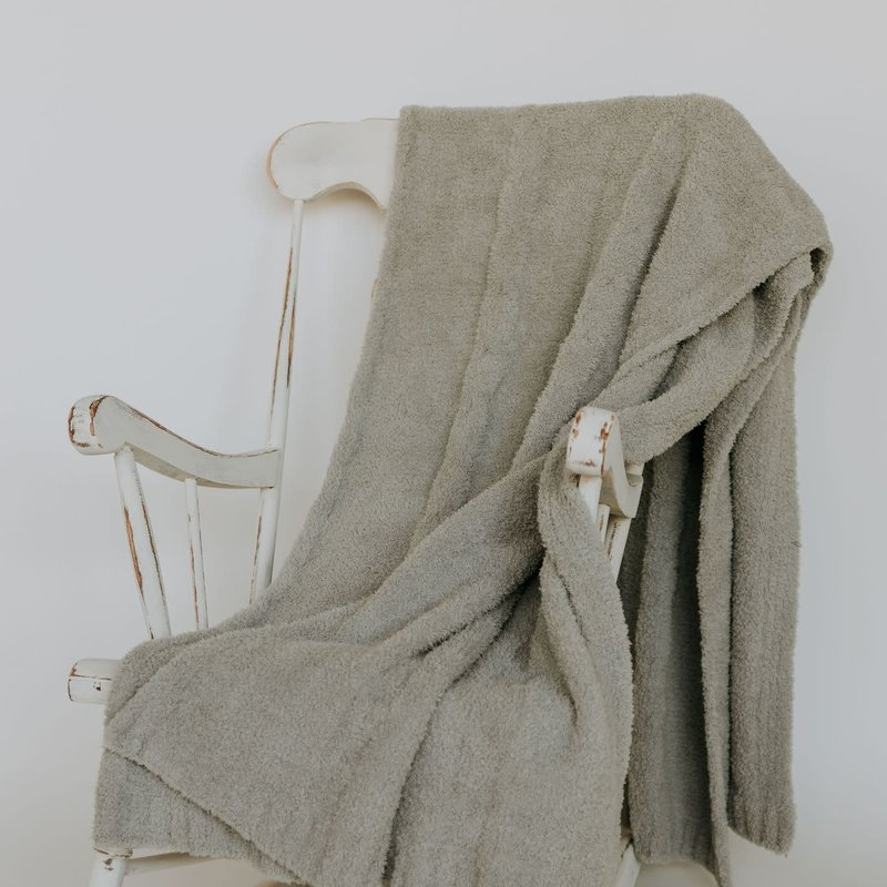 """sunset snuggles Sunset Snuggles Cable Knit Ultimate Grey Throw 54x76"""""""