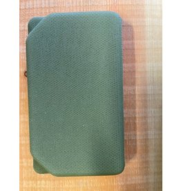 NO SLIP Olive Eva Box - Large