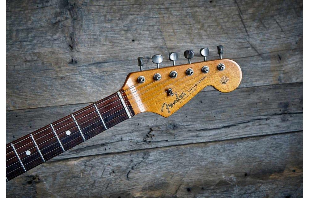 Fender Stratocaster 1988 American Vintage '62 Fiesta Red