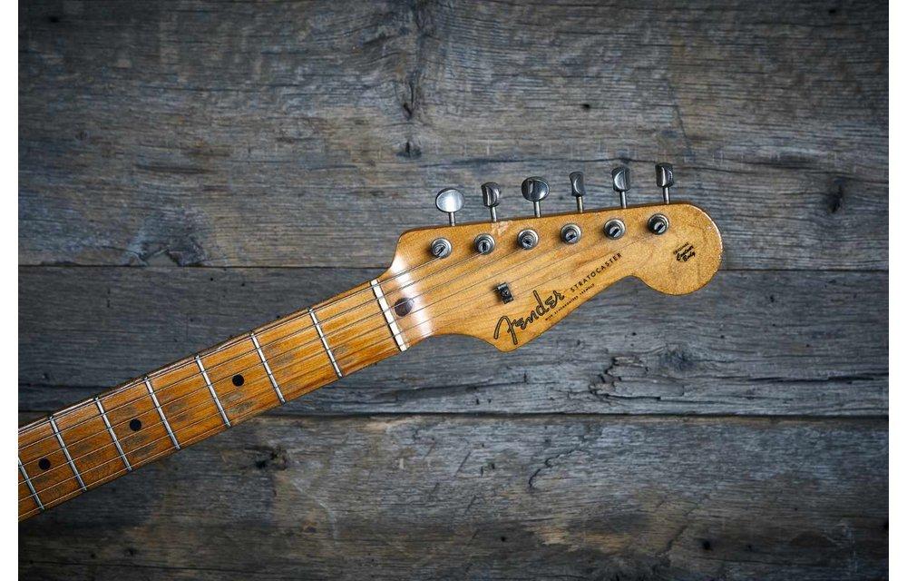 Fender Stratocaster 1959 3-Tone Sunburst