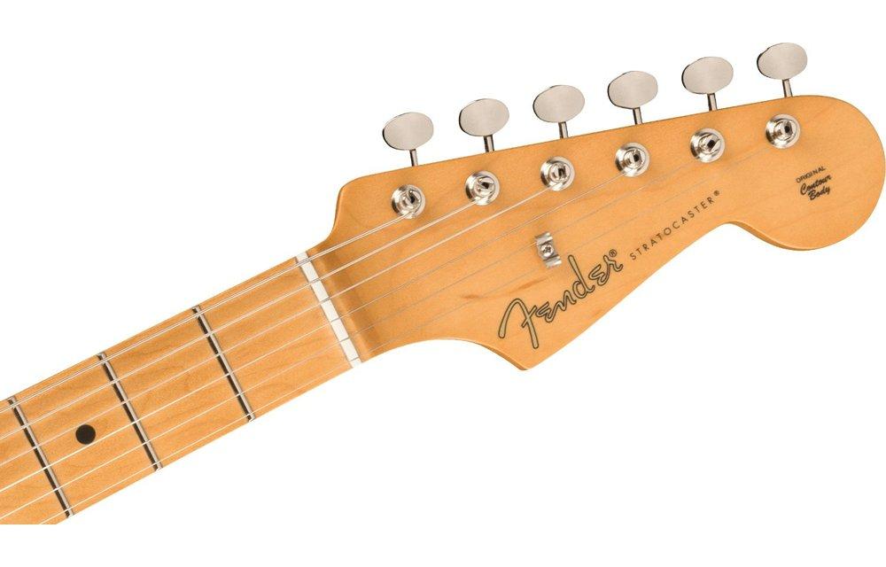 Fender Noventa Stratocaster, Maple Fingerboard, Daphne Blue