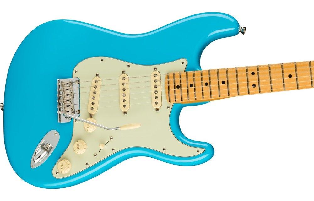 Fender American Professional II Stratocaster, Maple Fingerboard, Miami Blue