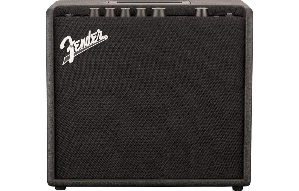 Fender Mustang LT25 Guitar Amplifier