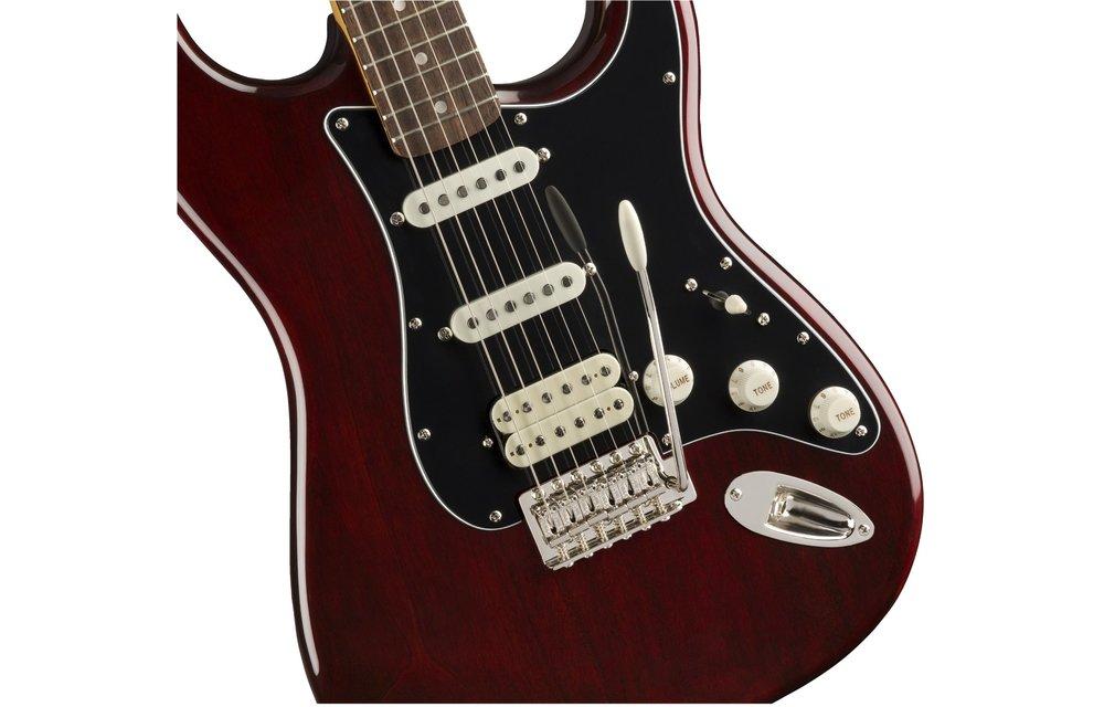 Squier Classic Vibe '70s Stratocaster HSS, Laurel Fingerboard, Walnut