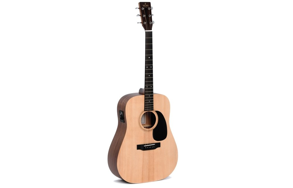 Sigma DME Spruce/Mahogany Dreadnought Electric Acoustic Guitar
