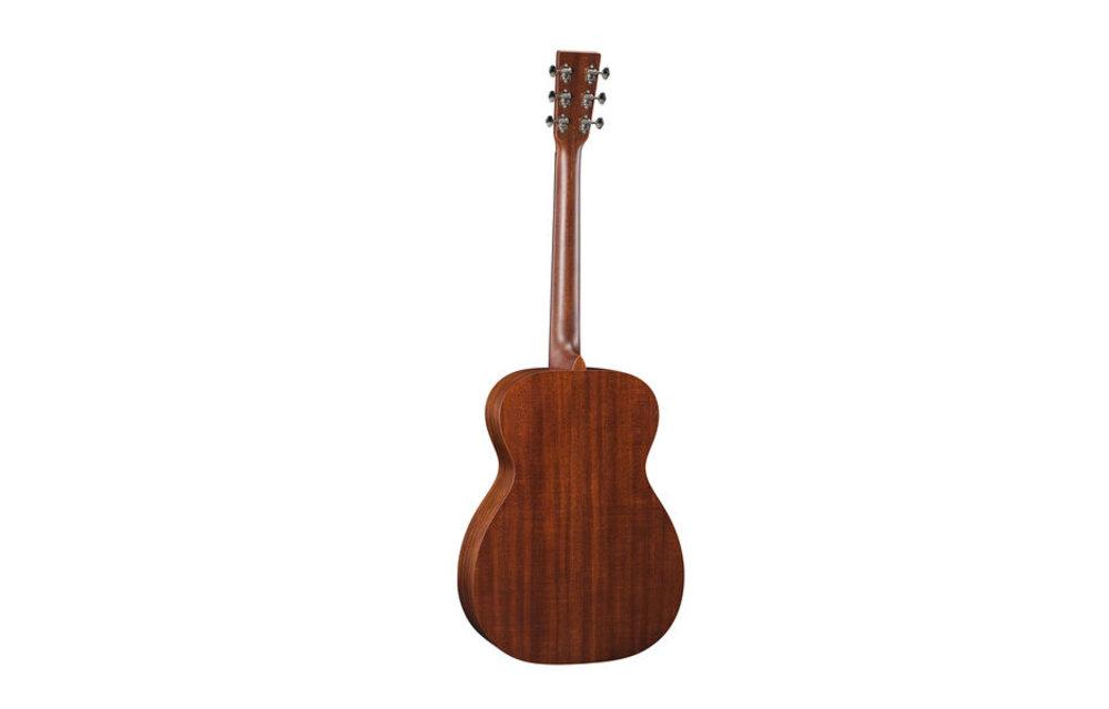 Martin 00-15M: 15 Series 00 Acoustic Guitar